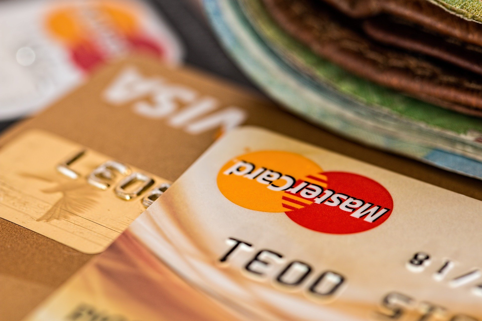 UK bans gambling firms from betting via credit cards